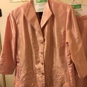 Positive Attitude 2 pc suit. Sz 12 Petite EUC pink